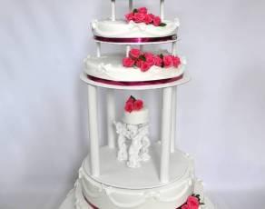 Tort z aniołkami